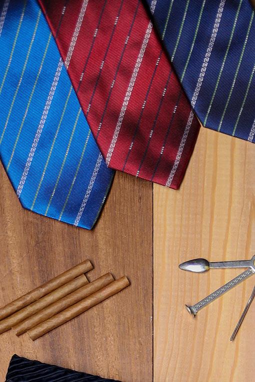 Corbatas Versace