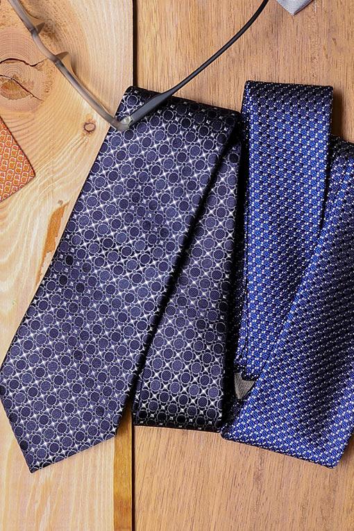 Cravates Canali