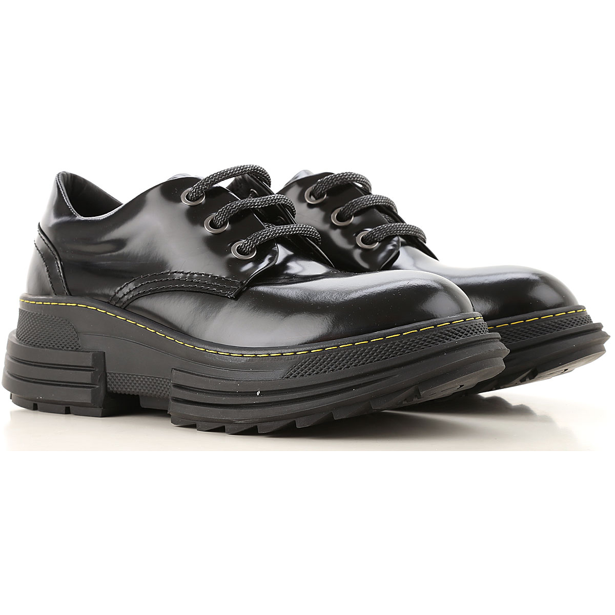 Beyond Womens Shoes, Black, Patent Leather, 2019, 7 8 9
