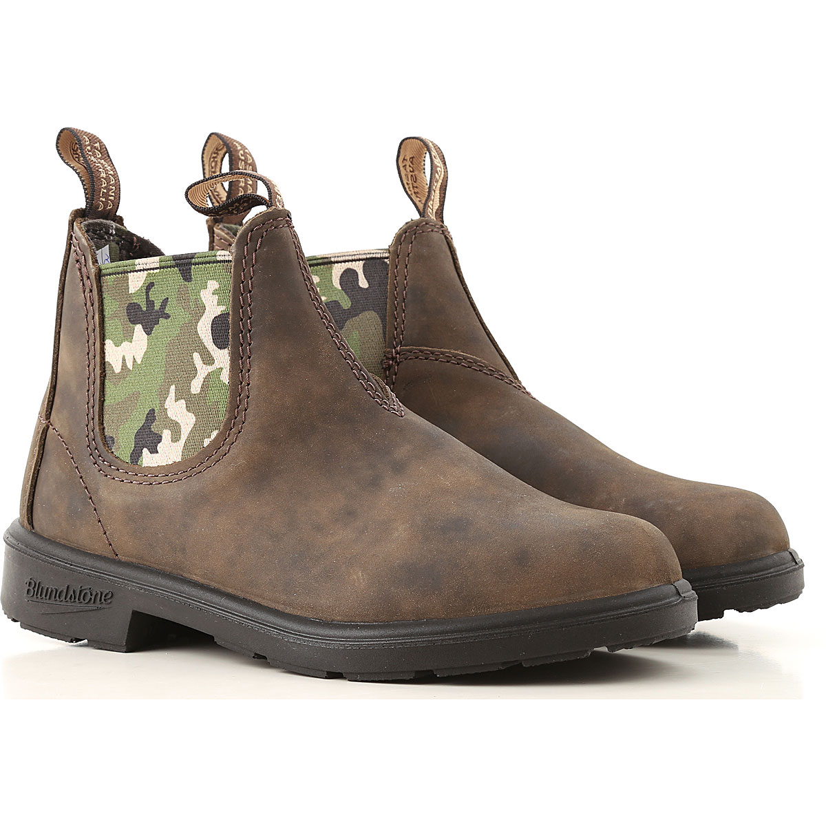Image of Blundstone Boots, Brown, Suede leather, 2017, UK 8 - US 8.5 - EU 25.5 UK 9 - US 9.5 - EU 26.5 UK 10 - US 10.5 - EU 28 UK 11 - UK 11.5 - EU 29 UK 12 - US 12.5 - EU 30.5 UK 13 - US 13.5 - EU 32