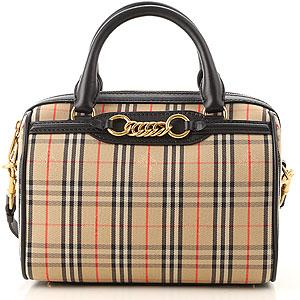 42b7a72348b0 Burberry Handbags - Fall Winter 2015 Collection