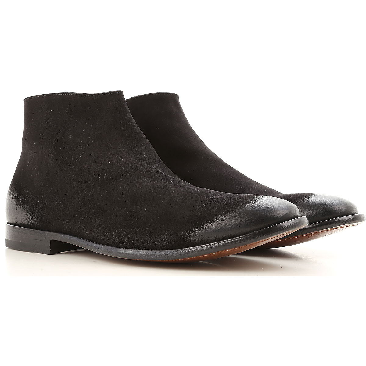 Image of Alexander McQueen Boots for Men, Booties, Black, Leather, 2017, EUR 39 - US 6 - UK 5 EUR 40 - US 7 - UK 6 EUR 41 - US 8 - UK 7 EUR 42 - US 9 - UK 8 EUR 43 - US 10 - UK 9 EUR 44 - US 11 - UK 10 EUR 45 - US 12 - UK 11