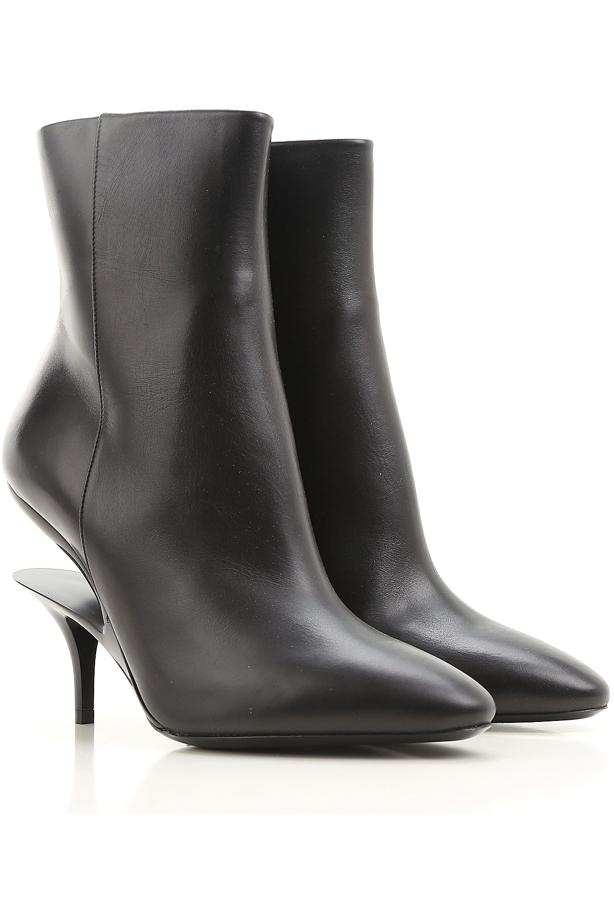 Image of Maison Martin Margiela Boots for Women, Booties On Sale, Black, Leather, 2017, 10 6 6.5 7 8 8.5