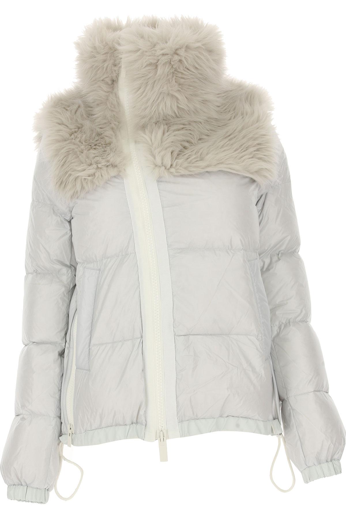 Image of Sacai Down Jacket for Women, Puffer Ski Jacket, Light Grey, polyester, 2017, US 0 - UK 4 - EU 34 - IT 38 US 2 - UK 6 - EU 36 - IT 40 US 4 - UK 8 - EU 38 - IT 42 US 6 - UK 10 - EU 40 - IT 44