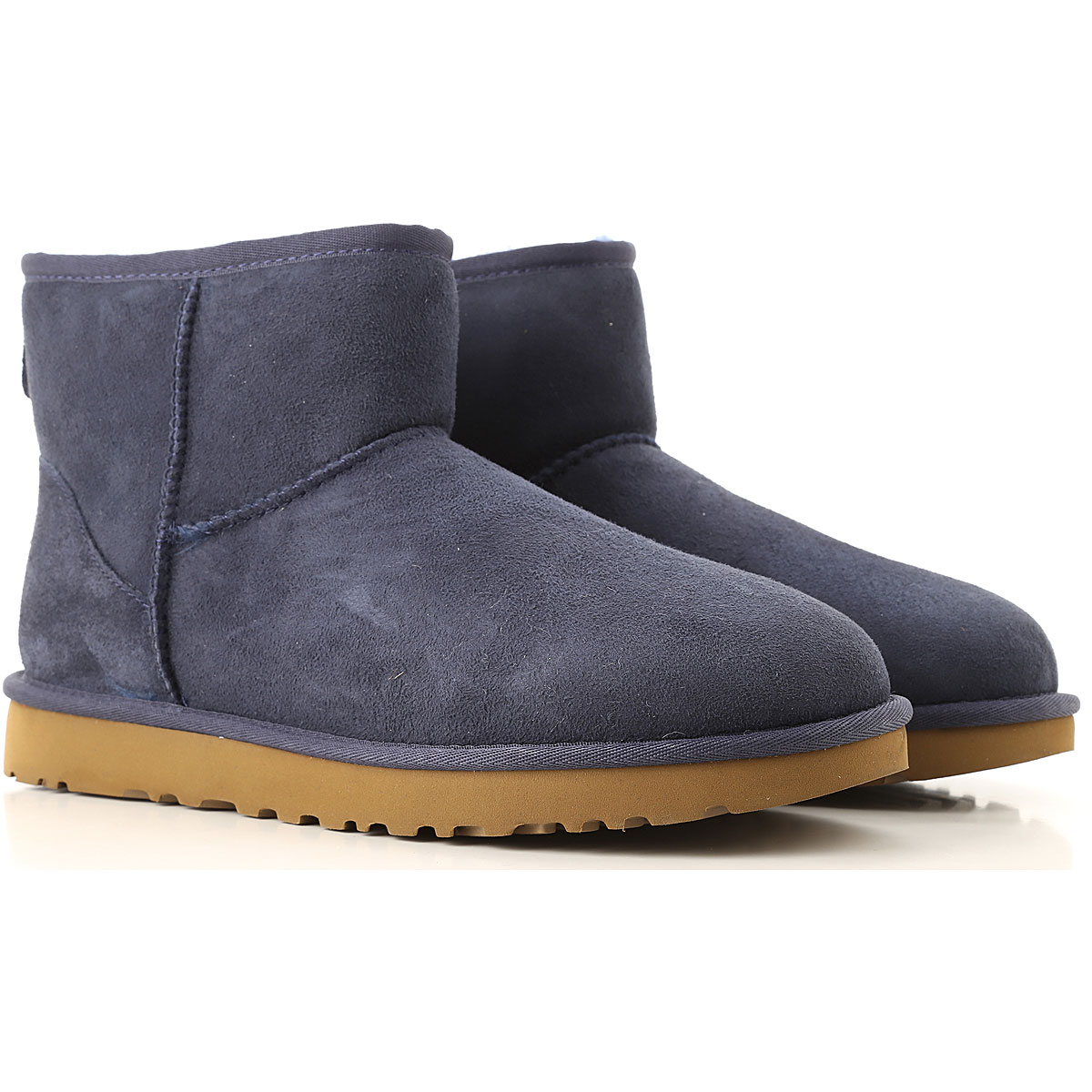 Image of UGG Boots for Men, Booties, navy, Suede leather, 2017, USA 5 UK 3 5 EU 36 JAPAN 220 USA 6 UK 4 5 EU 37 JAPAN 230 USA 7 UK 5 5 EU 38 JAPAN 240 USA 8 UK 6 5 EU 39 JAPAN 250 USA 9 UK 7 5 EU 40 JAPAN 260 USA 10 UK 8 5 EU 41 JAPAN 270