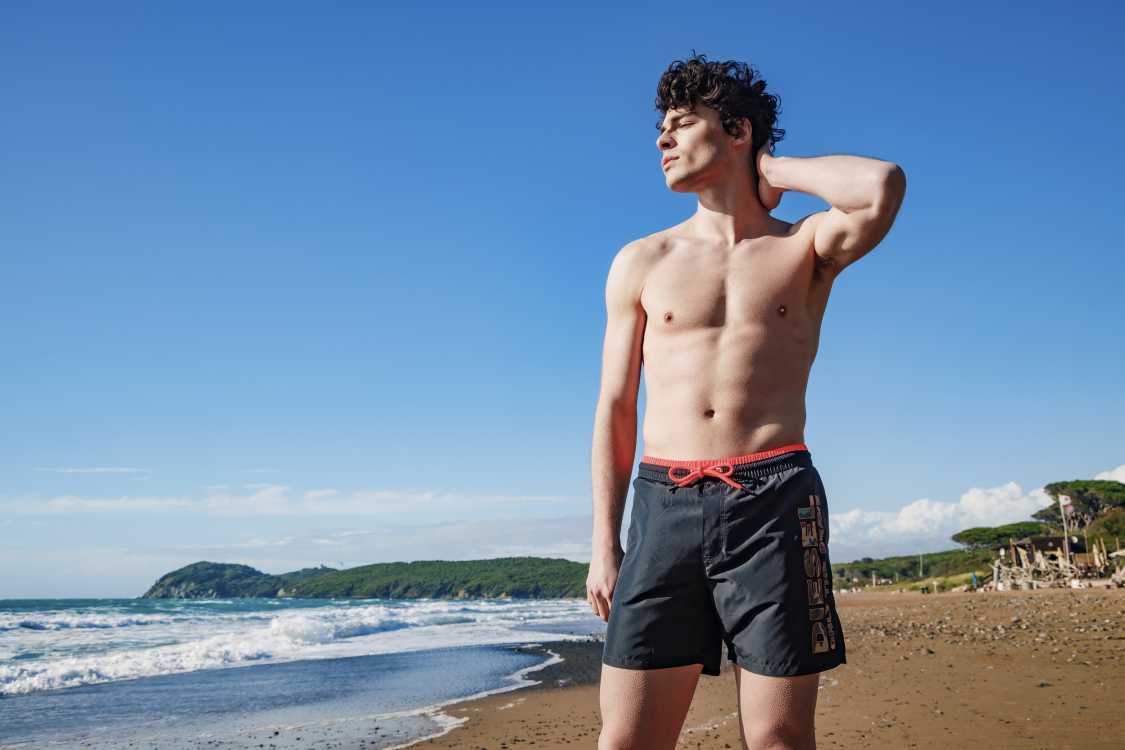 Shorts de Praia de Marca