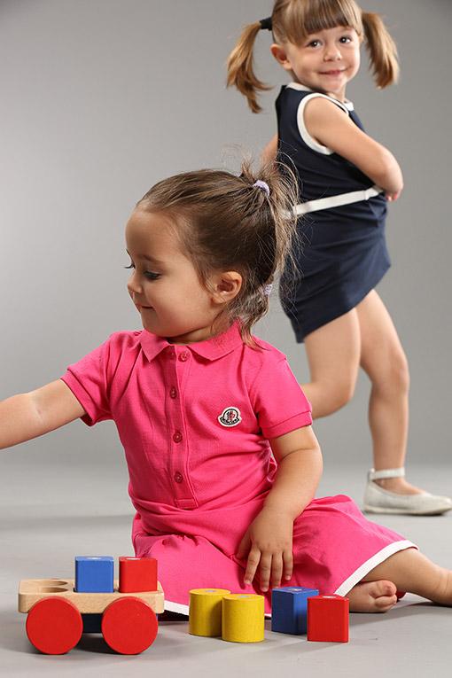 Одежда для новорожденных девочек Moncler